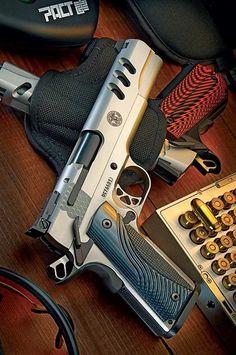 RAE Magazine Speedloaders will save you! Revolver, 1911 Pistol, Weapons Guns, Guns And Ammo, Rifles, Shooting Guns, Custom Guns, Fire Powers, Home Defense