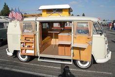 VW Volkswagen Split Bus Camper