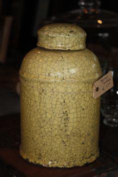 Pot met deksel....  www.vangoedehuyze.nl