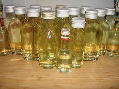 Sirup von Zitronenverbene, ein tolles Rezept aus der Kategorie Haltbarmachen. Bewertungen: 10. Durchschnitt: Ø 4,3.