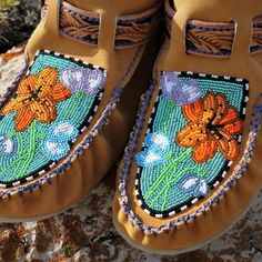 """Finished a custom pair of 'Walk-a-Mocs' today! Over 80 hours of work from start to finish in these cuties. My hands say """"NO MORE, have… American Words, Native American Beadwork, Loom Beading, Cattle, Beaded Embroidery, Walking, Pairs, Beads, Artwork"""