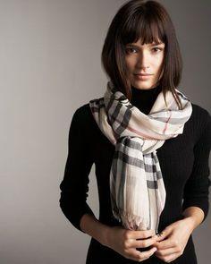 795 meilleures images du tableau inspiration foulards echarpes en ... ce840bd2473