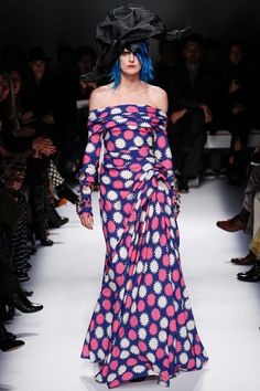 A look from Schiaparelli's collection (Photo: NowFashion.com)