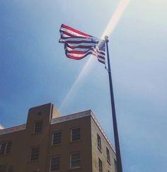 #Repost @renegade_studios  #flag #usa #america #sky #redwhiteandblue #usaflag