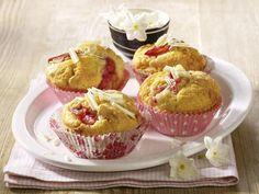 Rhabarberkuchen - fruchtig & frisch! - rhabarber-muffins
