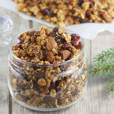 The best and proven recipe for homemade granola. It's a granola for yogurt, milk . Granola, Yogurt, Good Food, Veggies, Food And Drink, Healthy Recipes, Healthy Food, Sweets, Homemade