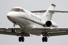 The Hawker jet charter is a mid-sized executive jet produced by the Hawker… Private Plane, Private Jets, Executive Jet, Private Jet Interior, Pilot License, Flying Drones, Aircraft Design, Airplane, Cool Pictures