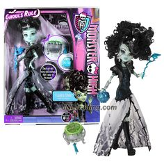 Mattel Year 2012 Monster High Ghouls Rule Series 12 Inch Doll Set - Frankie Stein Daughter of Frankenstein with Mask, Cauldron, Pumpkin Basket, Hairbrush and Display Stand