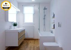 Moderne badkamer met hout afgewerkt #homelab #badkamer #renovatie #3D #bathroom
