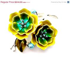 Sale Vintage Liz Claiborne Flower Brooch Green Yellow Floral Signed Pin
