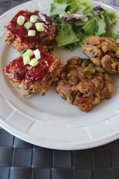 Mini Turkey Meatloaves and Stuffing Cakes