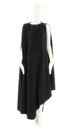 A Madame Gres Black Cape. Circa 1970. #vintage #fashion #MadameGres