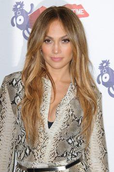 Jennifer Lopez low-key waves