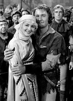 The Adventures of Robin Hood (1938) - Olivia de Havilland and Errol Flynn
