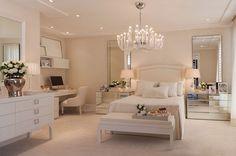 Santi's Royal Home