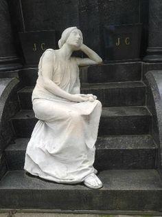 Lindas esculturas – Foto de Cemitério da Consolação, São Paulo - TripAdvisor