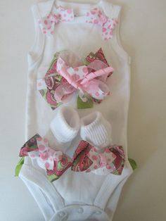 Baby Girl Clothing Gift Set/ Newborn Baby Going by BowtiqueMama, $40.00