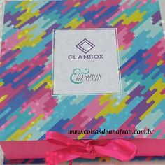 O vídeo da #glamboxdemaio está no ar! @glamboxbrasil link clicável na bio.   Veja mais no blog ⤵ www.coisasdeanafran.com.br    #glambox #glamboxbrasil #glamboxmaio2016 #glamgirl #coisasdeanafran #recebidos #caixinha #beleza #dicadodia #superindico #gostchomutcho #universofeminino #box  #dicasdebeleza #beauty #blog #GlamboxFashionHealth #GLAMBBOXFH