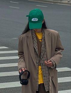 Raincoat, Jackets, Outfits, Fashion, Rain Jacket, Down Jackets, Moda, Suits, Fashion Styles
