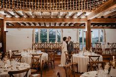 Un mariage au Château de Monbet dans les Landes - la mariee aux pieds nus Pergola, Outdoor Structures, Basque Country, Barefoot, Photography, Outdoor Pergola