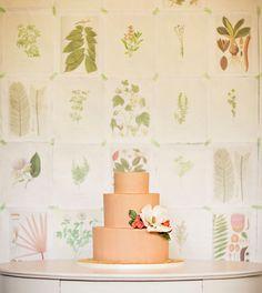Os presentamos una bella selección de tartas de bodas con un estilo muy romántico.