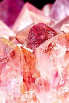 Rose quartz crystal... Love the pink, orange, salmon, coral tones all together.