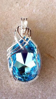 Aquamarine pendant by RegaliDesign on Etsy