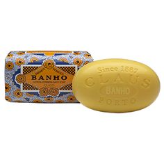 Claus Porto Citron Verbena 'Banho' Soap with its fruity luminosity derived from the Verbena essence, invites citric, floral and refreshing aromas into your bath. Made in Portugal with vegetable-base, and shea butter. Verbena, Bourbon, Butter Extract, Luxury Soap, Tropical, Perfume, Soap Base, Body Cleanser, Bath Soap