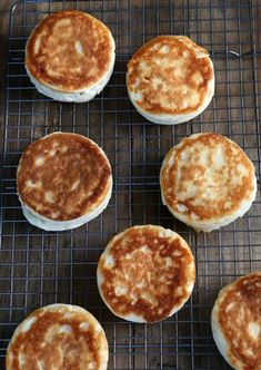 Get this tested recipe for super fluffy Gluten Free English Muffins—they've got nooks and crannies in spades! Muffins Anglais Sans Gluten, Gluten Free Muffins, Recipe For Gluten Free English Muffins, Gluten Free Biscuits, Wheat Free Recipes, Dairy Free Recipes, Easy Recipes, Pizza Recipes, Recipes Dinner