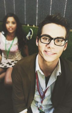 dylan o'brien with glasses