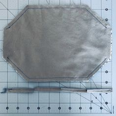 Alana Lee Designs ~ Custom Photo Products with Personality: How to Make a 3D Origami Fabric Face Mask Fabric Origami, 3d Origami, Easy Face Masks, Diy Face Mask, Sewing Patterns Free, Sewing Tutorials, Small Sewing Projects, Sewing Projects For Beginners, Mascara 3d