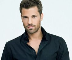 Gq, Beautiful Men, Hot Guys, Eye Candy, Hair Beauty, Handsome, Celebrities, Mens Tops, Greeks