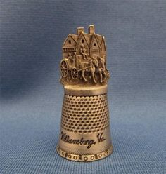 Vintage Collectible Pewter Willimasburg Virginia Souvenir Thimble