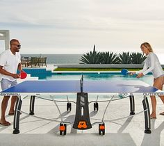 Indoor performance meets rugged outdoor durability and great value with the Outdoor Table Tennis Sport 300S.