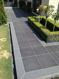 Spectacular modern driveway - read our piece for much more innovations! Modern Driveway, Driveway Design, Driveway Landscaping, Outdoor Landscaping, Circle Driveway, Modern Garden Design, Backyard Garden Design, Garden Landscape Design, Backyard Patio