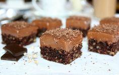 Prajitura cu nuci si jeleu de ciocolata