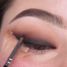eyeliner inspiration make up Makeup Eye Looks, Eye Makeup Steps, Beautiful Eye Makeup, Smokey Eye Makeup, Eyebrow Makeup, Skin Makeup, Eyeshadow Makeup, Amazing Makeup, Winged Eyeliner