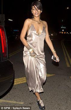 Plunging silk gown, sneakers and henna--ONLY Rihanna. Modern Recliner, Sleepwear & Loungewear, Rihanna Fenty, Silk Gown, Celebs, Celebrities, Girl Crushes, Lounge Wear, Dress Skirt