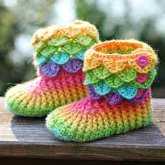 Crocodile Stitch Boots - Crochet Pattern