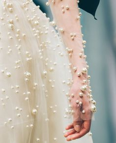 Reem Acra the allure of glamour Couture Mode, Style Couture, Couture Details, Fashion Details, Couture Fashion, Runway Fashion, Fashion Design, Bridal Fashion, Fashion Fashion