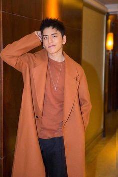 Darren Wang, I Miss U, Love Actually, Gong Yoo, Asian Boys, Korean Actors, Future Husband, Chen, Male Hairstyles