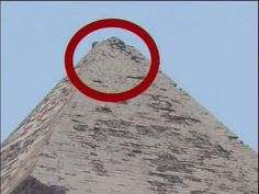 The hidden secrets of Egypt Pyramids (Harun Yahya) They already had the usual electricity ! Aliens And Ufos, Ancient Aliens, Ancient Egypt, Ancient History, Unexplained Phenomena, Unexplained Mysteries, Ancient Mysteries, History Of Wine, Mystery Of History