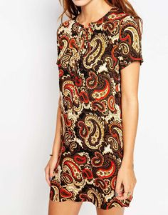 Image 3 ofGlamorous Petite Paisley Print Cap Sleeve Shift Dress With Tie Front