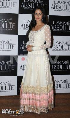 Katrina Kaif Off white Anarkali Salwar Suit - Jomso Ethnic Fashion, Asian Fashion, Fashion Beauty, Indian Dresses, Indian Outfits, White Anarkali, Katrina Kaif Photo, Desi Clothes, Indian Clothes