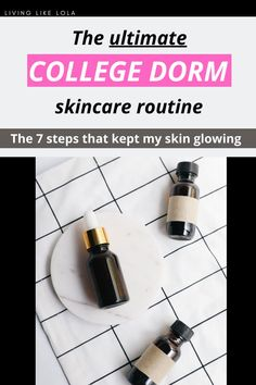 Are you looking to up your skincare routine? This is the exact skincare routine I  followed my freshman year of college for CLEAR skin. Glowing skincare for woman in their 20s. #skincare #beautyhacks #collegetips