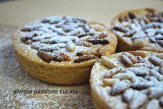 #giorgiapassionecucina: #tortine della #nonna #crema #pasticcera #pinoli #merenda #bambini #ricetta