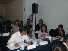 Todos los asistentes se encontraban muy atentos en los temas de mayor interes para ellos.