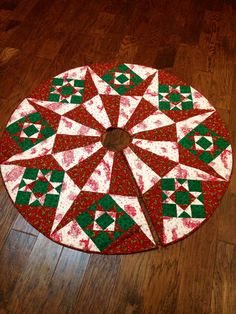 Tree skirt--ugh!! No pattern, not my idea of a DIY. Might try to figure one out.
