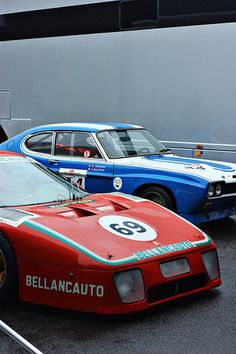 Ferrari 512 Berlinetta Boxer Le Mans, and Ford Capri Not quite the match up that was the and GT MkIV. Best Racing Cars, Race Cars, Le Mans, Maserati, Bugatti, Ferrari Berlinetta, Ford Capri, Vintage Race Car, Car And Driver