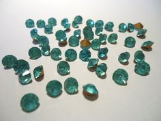 Vintage Glass Round Aquamarine Light Blue colour Faceted Glass Foiled Rhinestone chaton 5mm pointed back 10 pieces.